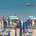 Termoli, infarto sotto l'ombrellone: 57enne defibrillata sulla spiaggia dal 118