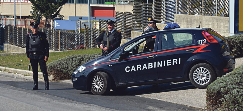 Campobasso, mette in vendita bigiotteria rubata al Mercatino dell'usato: denunciata