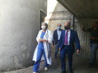Isernia, Florenzano visita il reparto e rassicura i pazienti: «Oncologia non chiuderà»