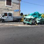 Frontale auto-furgone sulla statale 85, perde la vita un operaio 39enne