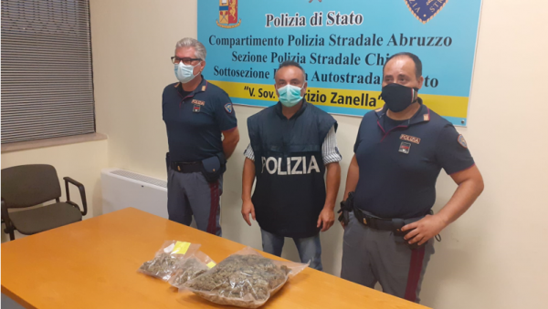 Tre pusher verso la Puglia, fermati e arrestati in A/14