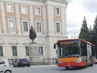 Misure meno restrittive per i passeggeri dei bus, Gravina scrive a Toma