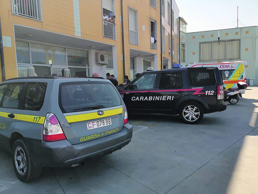 Blitz allo Sweet Dream's di Campomarino, migranti trasferiti altrove