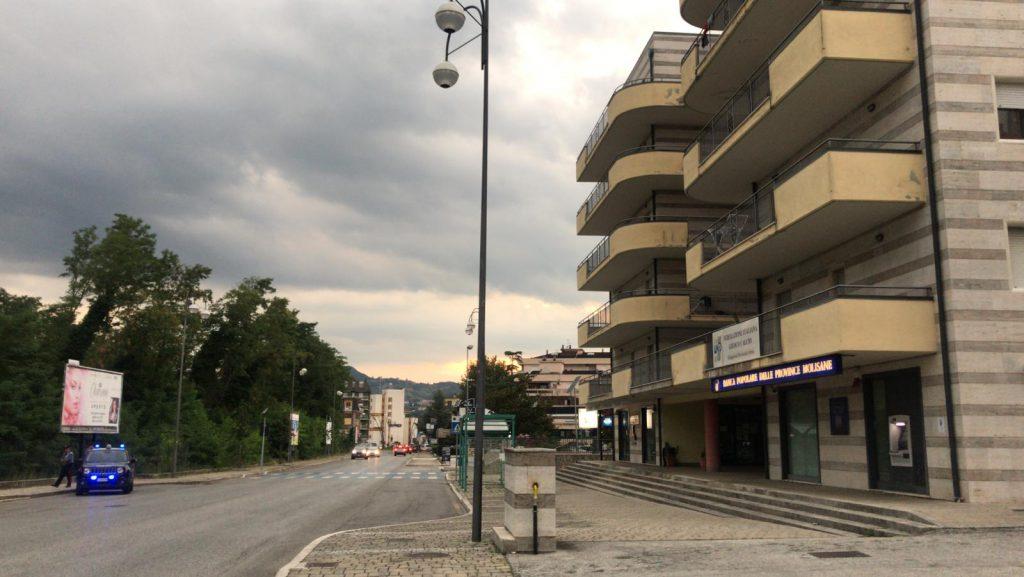 Migranti a Isernia, stop ad altri arrivi e una rigida quarantena per quelli già ospitati