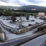 Lunghe file per i tamponi, la proposta: un drive-in nel parcheggio del Veneziale