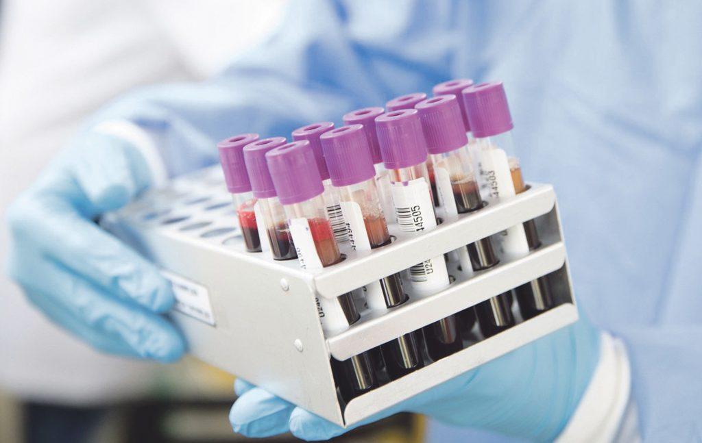 Zero casi e sette guariti, corre la vaccinazione