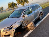 Pneumatico del Tir finisce contro un'Audi Q7, tragedia sfiorata sull'A1