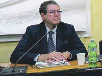 Le accuse di Giustini: aprendo il Vietri si sarebbe evitato il caos