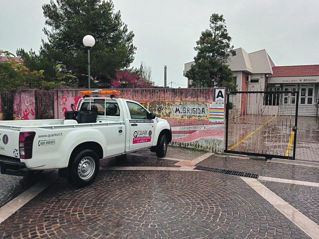Sanificati i plessi scolastici a Termoli, ma ci sono delle lamentele