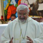 Renzi, pollice verso del vescovo: «Sono deluso dalle sue scelte»