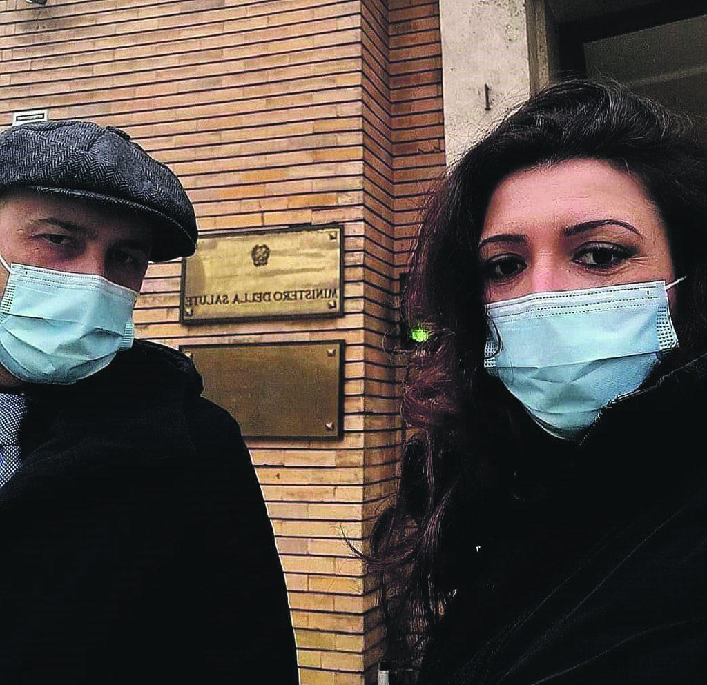 Incarichi a partita Iva, un emendamento al dl Sostegni per prorogare gli operatori sanitari
