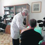 Vaccini, ora anche i medici di base possono inocularli
