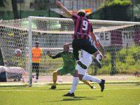 Calcio: allungo rossoblù