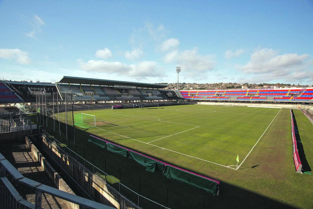 Abbonamenti, priorità ai tifosi 'a occhi chiusi': ecco i dettagli dello stadio a 7.500 posti