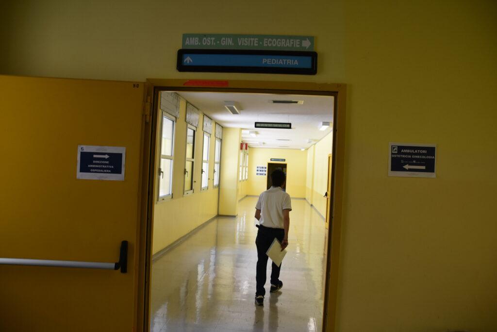 Neonato muore poco dopo il parto, dramma all'ospedale San Timoteo