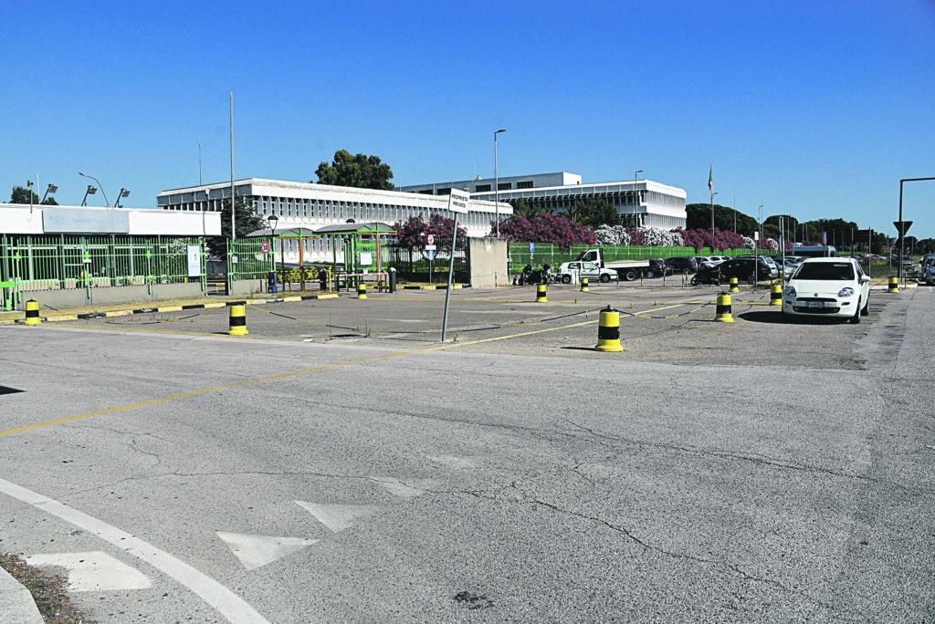 Aspettando la Gigafactory a Termoli si incentiva l'esodo di 100 lavoratori