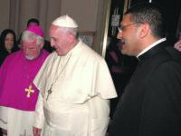 Don Massimo Muccillo in Vaticano, al fianco del cardinale Parolin