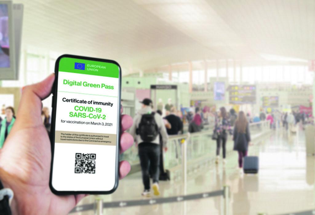Green pass obbligatorio per trasporti e scuola, le regole dal 1°settembre