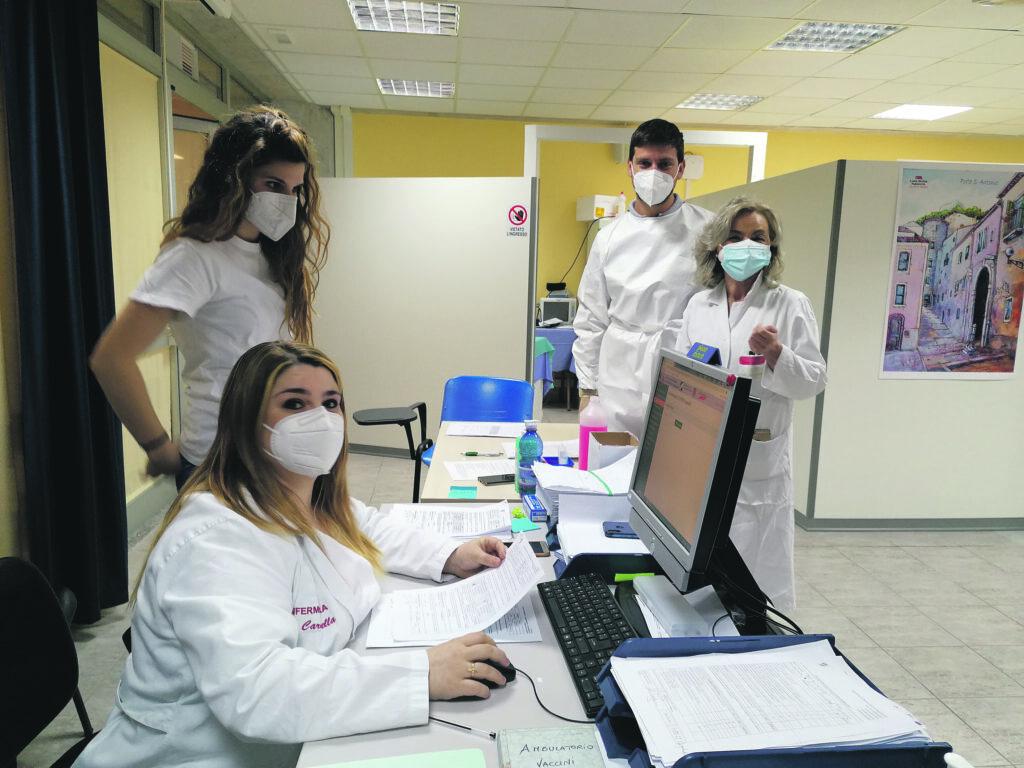 Virus, altri 19 contagi ma non si registrano ricoveri al Cardarelli