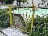Campobasso, il cancello non piace ai cittadini ma il post viene 'misteriosamente' rimosso